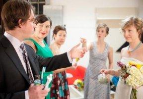 Конкурс для родителей на свадьбе