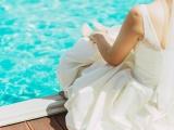 Мокрые поцелуи или свадьба у бассейна